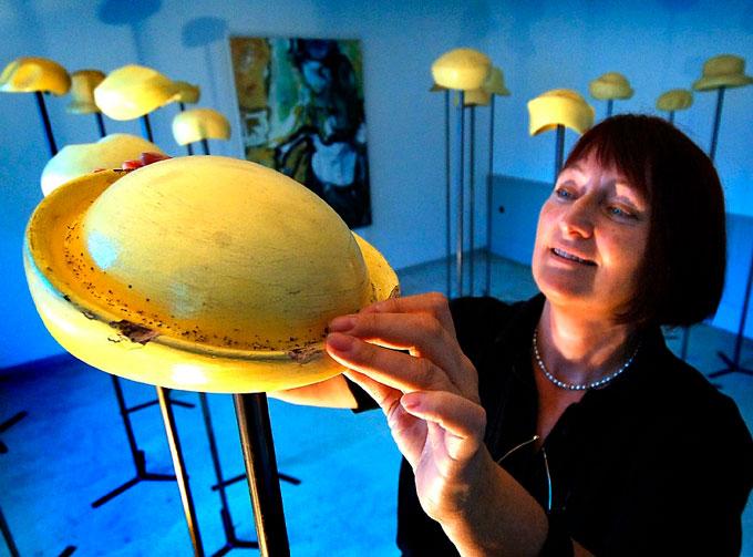 """Karin Jessen Installation """"blaue Stunde"""""""